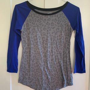 American Eagle 3/4 sleeve shirt, cheetah print